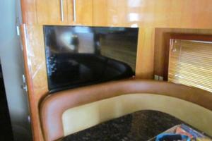 68' Hatteras Convertible 2005 Dinette Forward Flatscreen TV