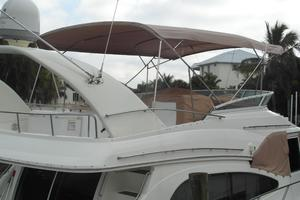 50' Cruisers Yachts 5000 Sedan Sport 2001 2001 Cruisers 50 Flybridge