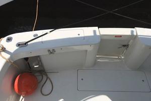 39' Mainship 390 Trawler 2000 Transom