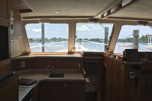 39' Mainship 390 Trawler 2000
