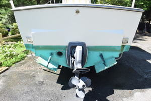 is a Albemarle 262 CC Yacht For Sale in Annapolis--3