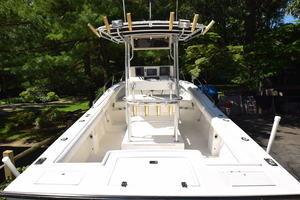 is a Albemarle 262 CC Yacht For Sale in Annapolis--4