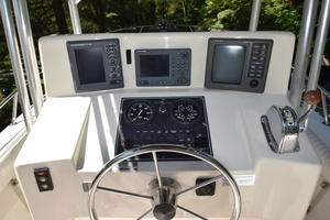 is a Albemarle 262 CC Yacht For Sale in Annapolis--7