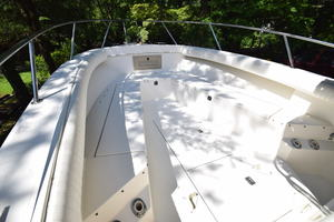 is a Albemarle 262 CC Yacht For Sale in Annapolis--5