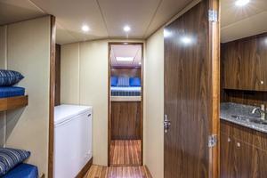 50' Custom Carolina Forbes 2016 Companionway