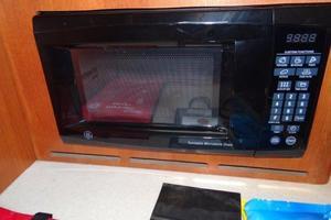 41' Hunter 41 Deck Salon 2006