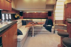 40' Cruisers Yachts 400 Express 2005 Manufacturer Provided Image