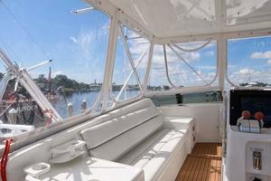 54' Hatteras Convertible 1995 Bridge Port Side Seating