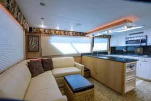 54' Hatteras Convertible 1995 Main Salon and Galley View