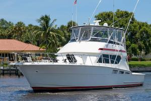 54' Hatteras Convertible 1995 Port Profile