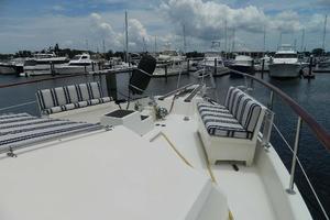 60' Hatteras Motor Yacht 1989 Foredeck