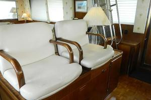60' Hatteras Motor Yacht 1989 Lower Helm Seats