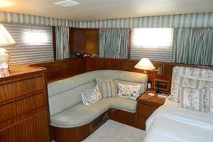 60' Hatteras Motor Yacht 1989 Master Stateroom Settee