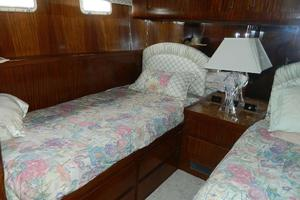 photo of Hatteras-Motor-Yacht-1989-Windfall-Stuart-Florida-United-States-Guest-Cabin-910432