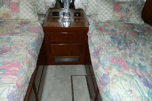 photo of Hatteras-Motor-Yacht-1989-Windfall-Stuart-Florida-United-States-Guest-Twin-Berths-910433