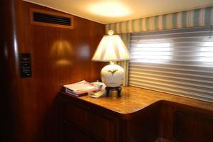 60' Hatteras Motor Yacht 1989 Master Stateroom