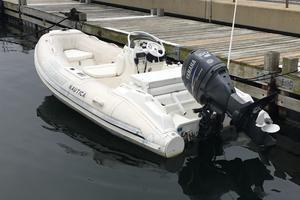94' Lazzara Motor Yacht 2002