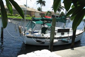 24' Pacific Seacraft Dana 24 1988