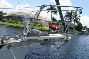 24' Pacific Seacraft Dana 24 1988 Bow pulpit