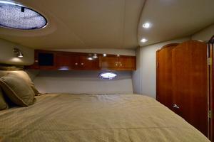 40' Cruisers Yachts 405 Express Motoryacht 2004
