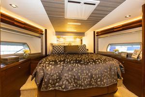70' Ocean Alexander Evolution 2017 VIP stateroom