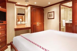 127' Burger 2003/2017 127ft Motor Yacht 2003 Guest Stateroom