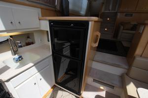40' Carver 405 Aft Cabin 1998 Galley Fridge