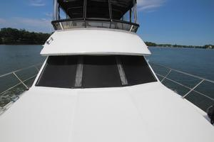 40' Carver 405 Aft Cabin 1998 Bow View