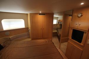40' Carver 405 Aft Cabin 1998 Master Stateroom