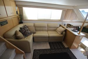 40' Carver 405 Aft Cabin 1998 Salon Couch
