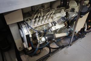 40' Carver 405 Aft Cabin 1998