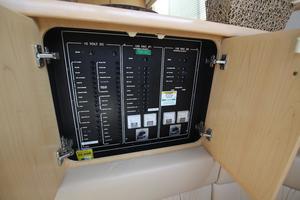 40' Carver 405 Aft Cabin 1998 Breaker Panel