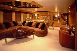 124' Christensen Raised Pilothouse My 1999 Main Salon