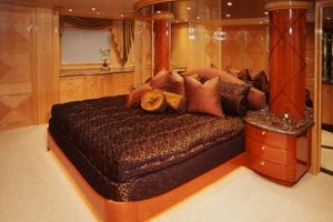 124' Christensen Raised Pilothouse My 1999 Master Stateroom