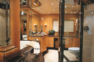 124' Christensen Raised Pilothouse MY 1999 Master Bath