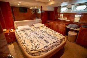 photo of Azimut-78-Ultra-Motoryacht-1996-Neama-Miami-Beach-Florida-United-States-1028364