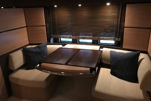 53' Azimut 53 Cat Power 2011