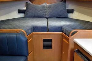 40' Topaz 40 Express 2006 Fwd Berth