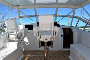 40' Topaz 40 Express 2006 Helm Deck