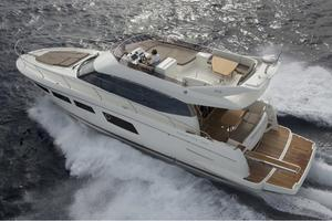 49' Prestige 500 2017 Manufacturer Provided Image
