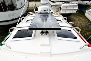 28' Cutwater C-28 2018 Solar Panel and Radar