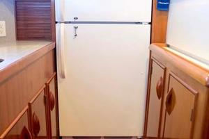 47' Buddy Davis 47 Sportfish 1988 Galley Refrigerator