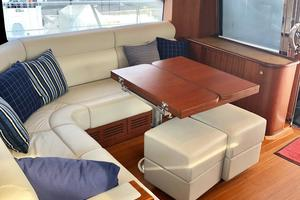 54' Riviera Belize 54 Daybridge 2015 Riviera Belize 54 Daybridge Settee