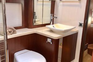 54' Riviera Belize 54 Daybridge 2015 Riviera Belize 54 Daybridge Guest Head