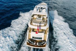 95' Sunseeker 95 Yacht 2017 Hydraulic swim platform that can support two jetsk