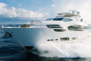 95' Sunseeker 95 Yacht 2017 Largestabilizersmeancomfortevenathighspeeds