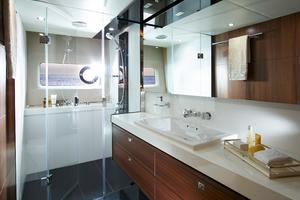 74' Princess S72 2015 Manufacturer Provided Image: Princess S72 Owner's Bathroom