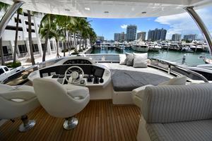 88' Sunseeker 88 Yacht 2012 Flybridge Helm