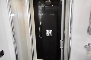 88' Sunseeker 88 Yacht 2012 Master Shower