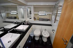 88' Sunseeker 88 Yacht 2012 Master Head and Shower